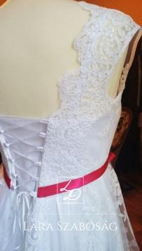 menyasszonyi 16